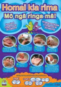 Thumbnail image of ' High five for clean hands' pamphlet,  te reo Maori version